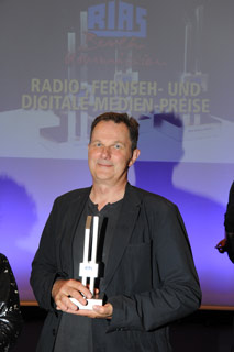 http://riasberlin.org/wp-content/uploads/MAIN/Awards/2016/16-Awards-09.jpg
