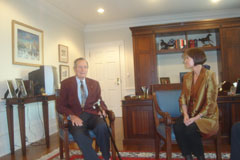 http://riasberlin.org/wp-content/uploads/MEDIA_2009/21_November_9_2009/09-Texas31.jpg