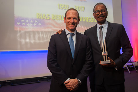 http://riasberlin.org/wp-content/uploads/MEDIA_2017/111_June_13_2017/17-awards-15.jpg